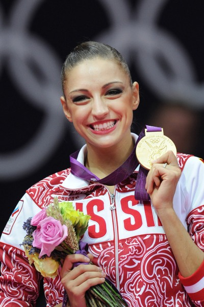 Evgenia Kanaeva-Individual AA Ceremony-London 2012