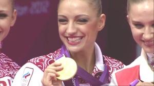 Kanaeva's Rhythmic Gymnastics Double Gold _ 90 Seconds of the Olympics_(1080p).mp4_20141203_074355.671